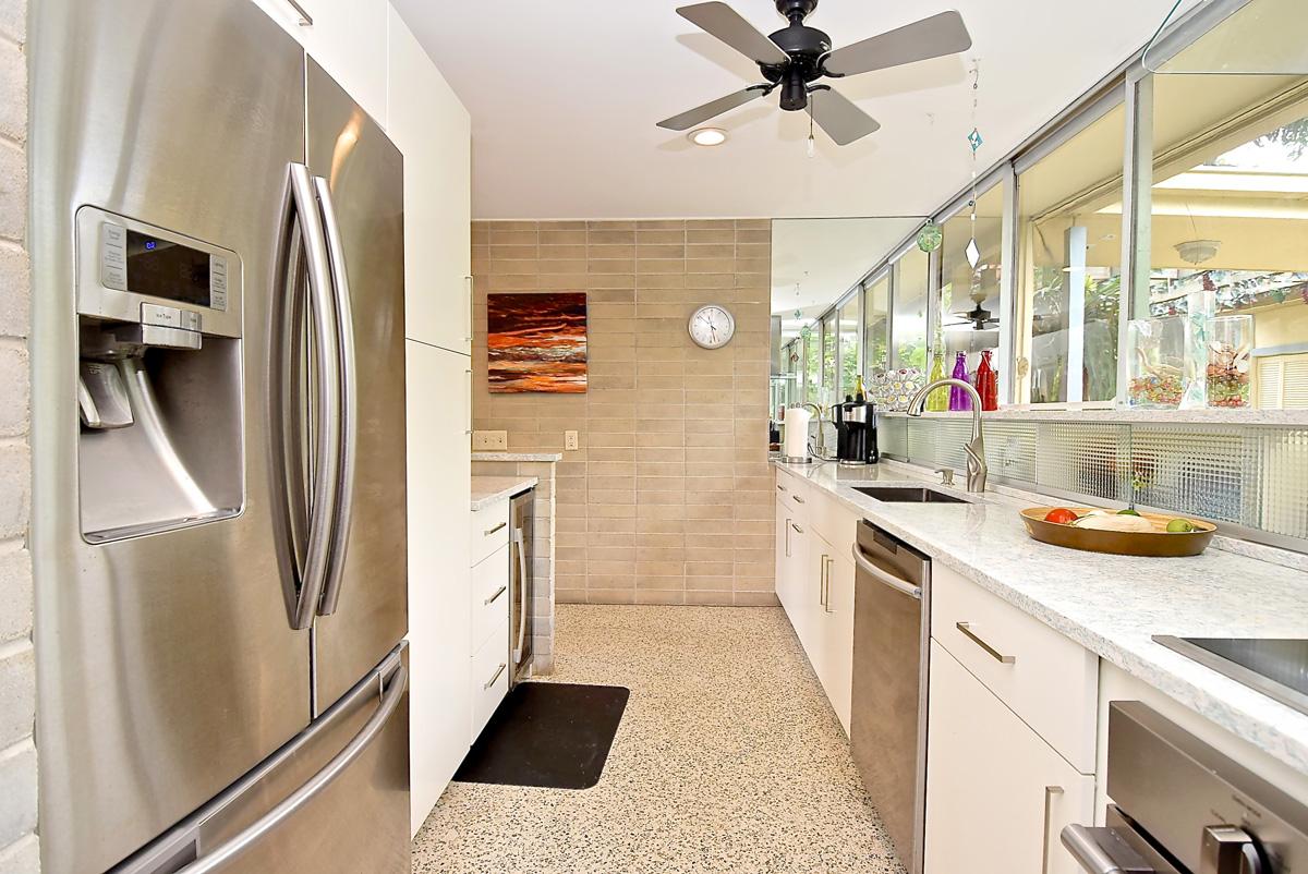 Modern Kitchen Refrigerator